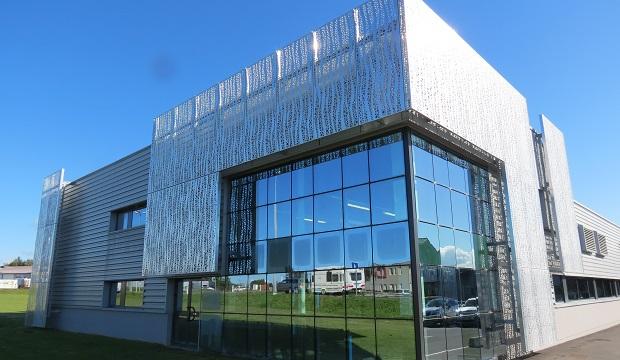 Dans la Manche, l'entreprise Filtres Guerin se dote d'un nouvel outil de production