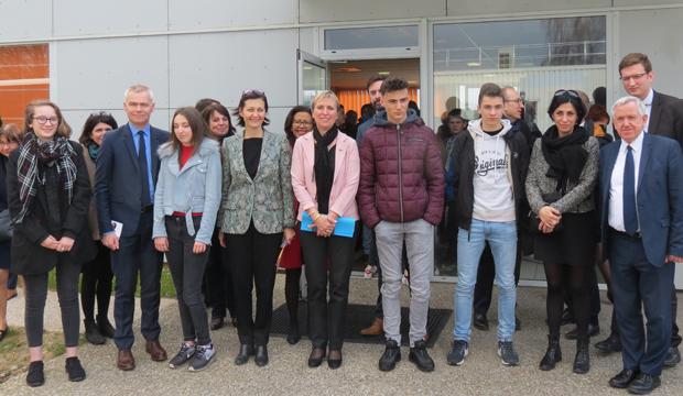 En Normandie, l'État donne le coup d'envoi de la Semaine de l'Industrie chez Nutriset