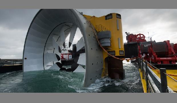 Cherbourg en Cotentin : 1ère pierre de l'usine d'hydroliennes Naval Energies/OpenHydro