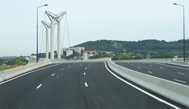 Rouen : le pont Flaubert se refait une beauté