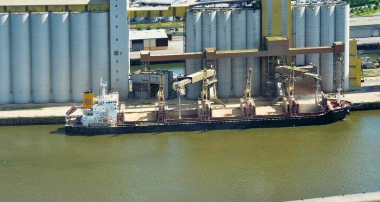 Les terminaux de Sénalia sur le port de Rouen