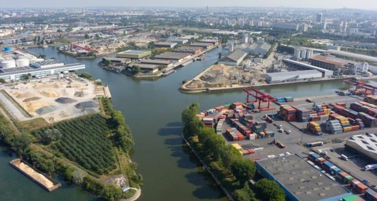 Vue générale Ouest du port de Gennevilliers