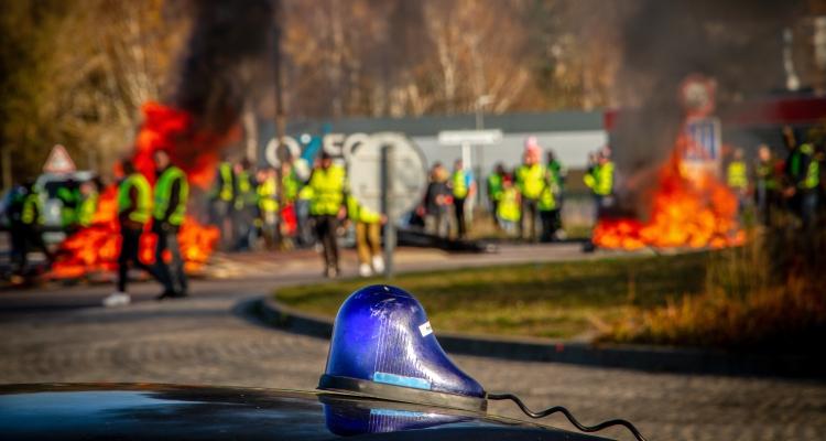 «Gilets jaunes» : Etat et CCI mobilisés pour les entreprises