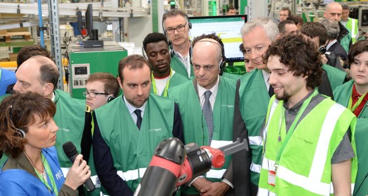 Lancement de la semaine de l'industrie au Vaudreuil, chez Schneider Electric