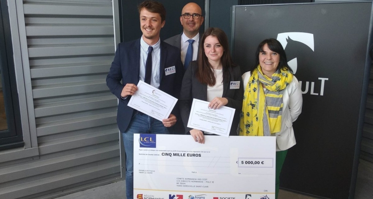 Deux étudiants du FIM CCI Formation Normandie remportent le Grand Prix de la Vocation Internationale