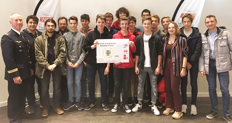 Plus de 700 jeunes normands passionnés d'aéronautique ont obtenu leur Brevet d'Initiation Aéronautique !