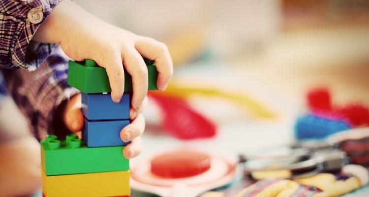 Covid-19 – Urssaf : un dispositif exceptionnel d'accompagnement pour les particuliers employeurs, les salariés à domicile, les assistants maternels agréés et les garde d'enfants