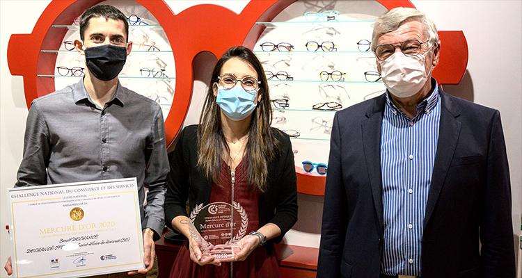 A Saint-Hilaire-du-Harcouët (50), Dechancé Optique reçoit le mercure d'Or 2020