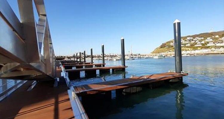 Un nouveau ponton pour les pêcheurs de Fécamp