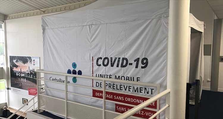 Un centre de dépistage COVID-19 à l'aéroport de Caen Carpiquet