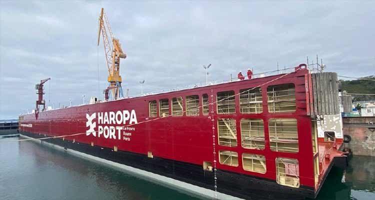 Le nouveau dock flottant du port de Rouen est arrivé